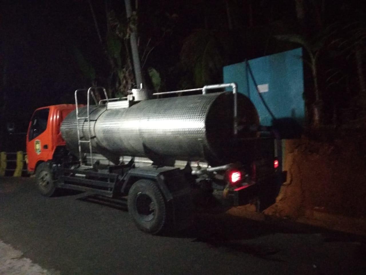 DISTRIBUSI BANTUAN AIR BERSIH HARI KE-85 DI DESA SUDIMORO